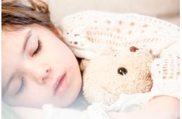8 uleiuri esentiale pentru relaxare si un somn odihnitor