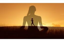 Practicarea meditatiei si modul in care uleiurile esentiale va pot imbunatati experienta