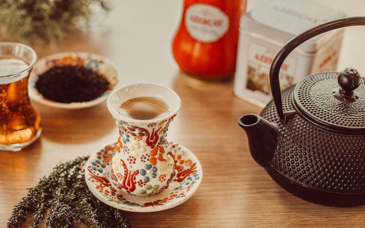 Tu ce-ti doresti de la un ceai?